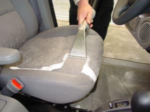 autostoel reinigen