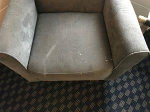 vuile fauteuil reinigen