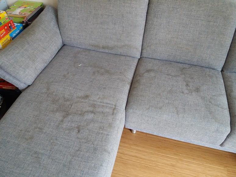 Chaise Longue bank met schoonmaakkringen